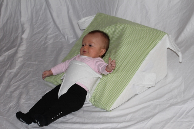 How To Position Your Baby In The Ar Pillow